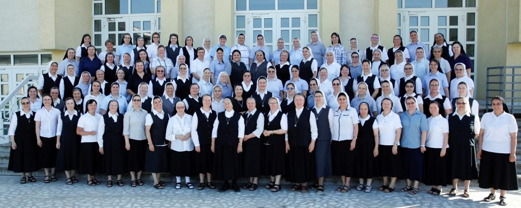 Group photo of the participants in the Romanian Province Congregation
